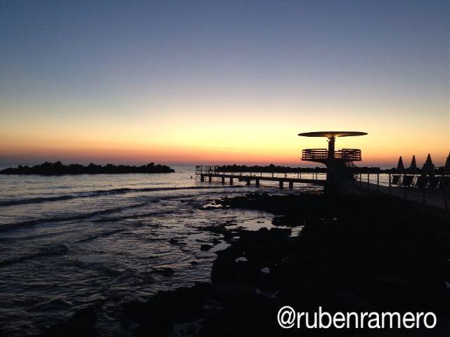 italy,beach,art,night,lucrezia