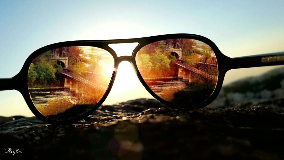 For the weekly tag #throughmyshades  #photography #editedstepbystep #sunglasses #colorful #retro #FreeToEdit