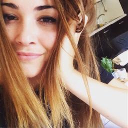 girl selfie photo