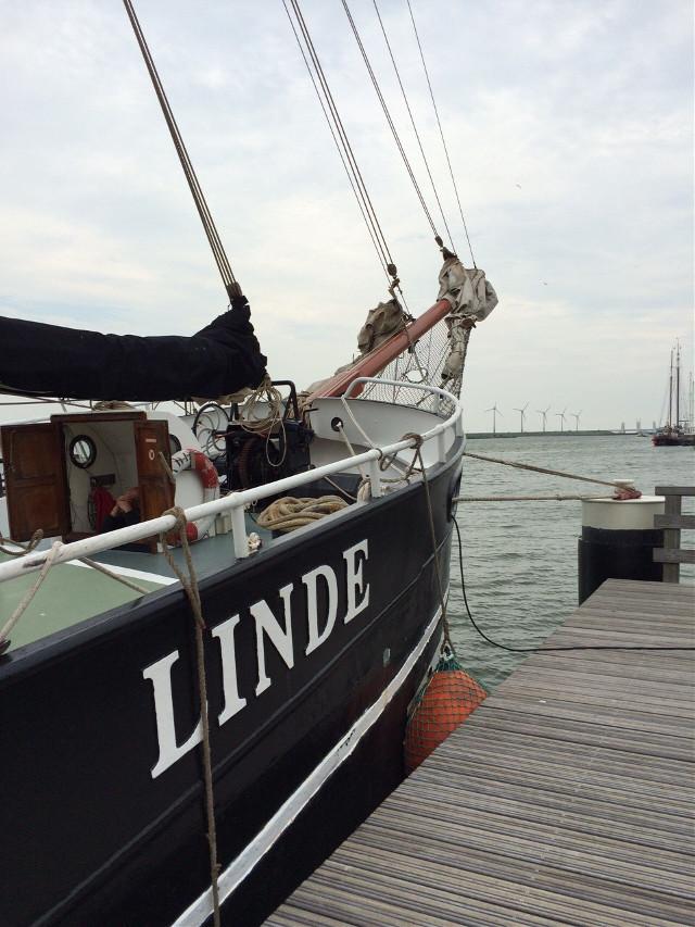 #vacation  #nederlands  #ship #sailing #friendship  #besttimeoftheyear  #Linde #Ijsselmeer #photography  #art #water #watercolor  #wind  #fun  #nature