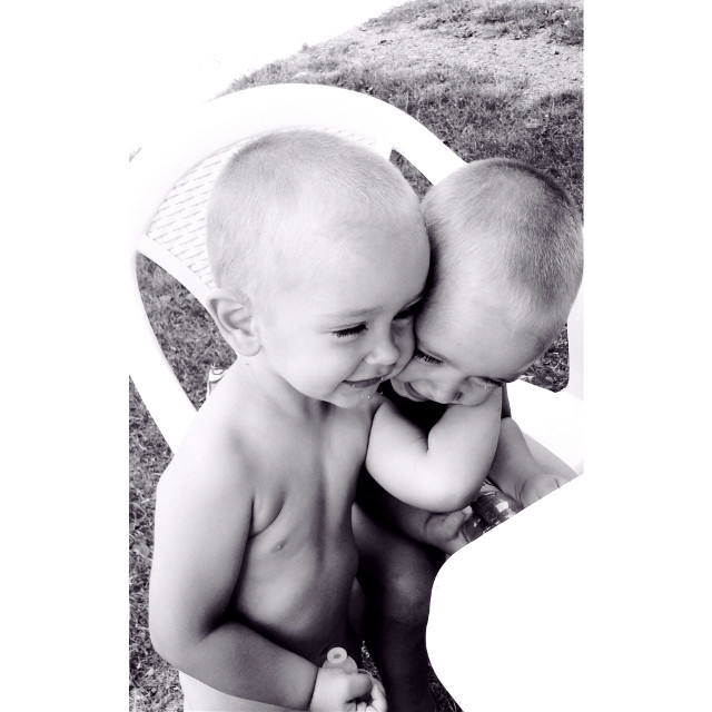 #twinbrothers   #love  #summer  #blackandwhite  #photography