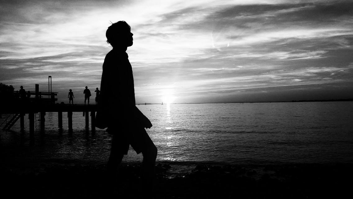 #blackandwhite  #sunset  #shadow