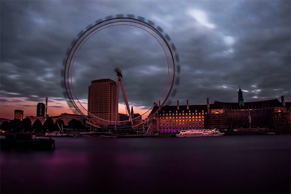 #london #londondreams #londoneye #longexposure #dusk #jcimagination